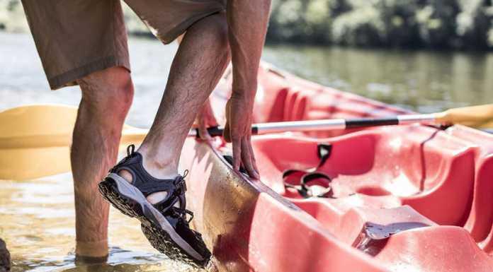 Παπούτσια Πεζοπορίας ή Σανδάλια Πεζοπορίας; Ποια Είναι η Σωστή Επιλογή;